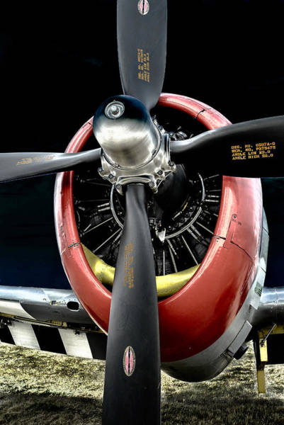 Radial Engine Photograph - Radial Power by Alan Toepfer