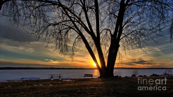Photograph - Radiant Sunset by Rod Best