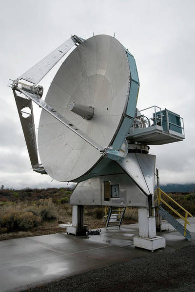 Satellite Dish Photograph - Radio Telescope by Adam Hart-davis/science Photo Library