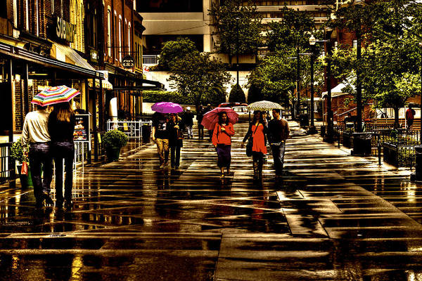 Wall Art - Photograph - Rain In Market Square - Knoxville Tennessee by David Patterson