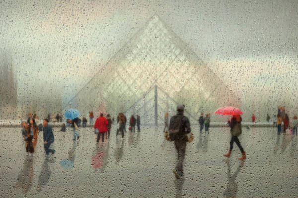 Crowds Wall Art - Photograph - Rain In Paris by Roswitha Schleicher-schwarz