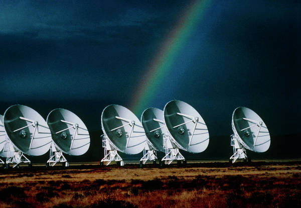 Very Large Array Photograph - Rainbow Over The Dishes Of The Vla Radio Telescope by Dr Doug Johnson/science Photo Library