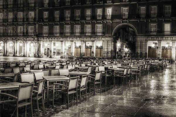 Sidewalk Cafe Photograph - Rainy Plaza by Joan Carroll