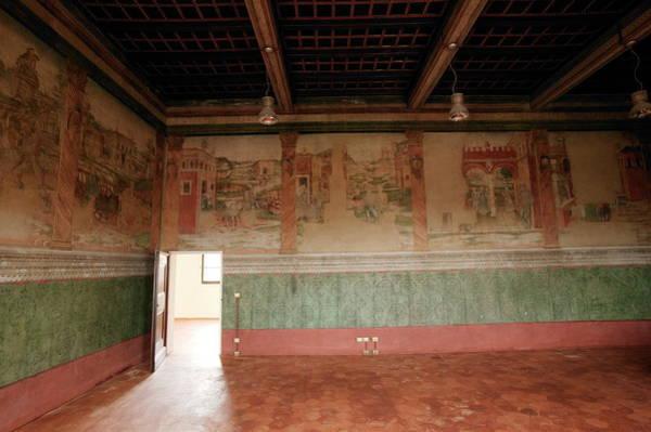 Wall Art - Photograph - Ramazzini Foundation by Mauro Fermariello/science Photo Library