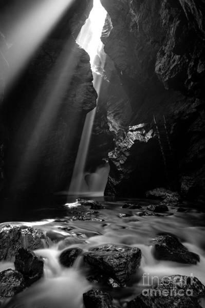 Photograph - Ray Of Light by Rick Kuperberg Sr