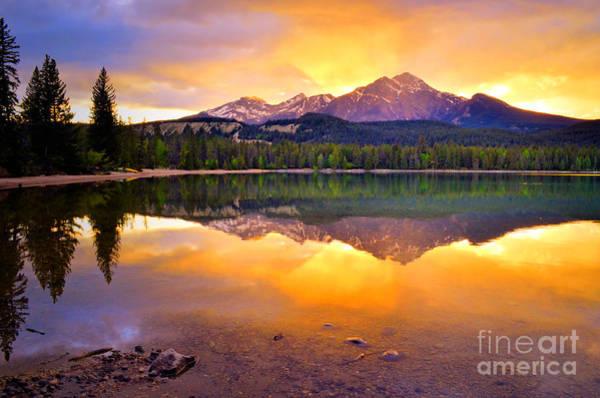 Photograph - Rays Of Light At Lake Edith by Tara Turner