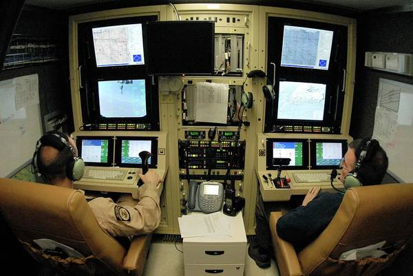 Military Air Base Photograph - Reaper Unmanned Aerial Vehicle Pilots by Us Air Force/science Photo Library