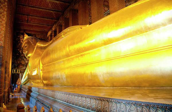 Reclining Photograph - Reclining Buddha, Wat Pho by Leontura