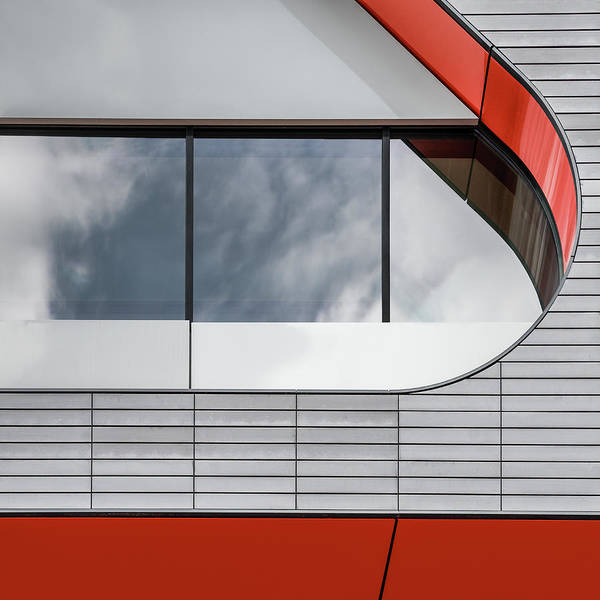 Facade Photograph - Red Accents by Luc Vangindertael (lagrange)
