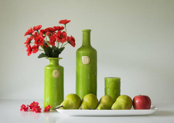 Red Green Photograph - Red And Green With Apple And Pears by Jacqueline Hammer