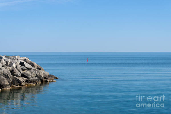 Photograph - Red Buoy by Les Palenik