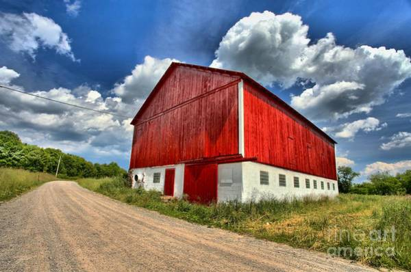 Red Country Barn Art Print