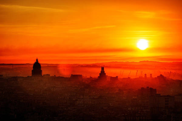 Photograph - Red Dawn In Havana by Levin Rodriguez