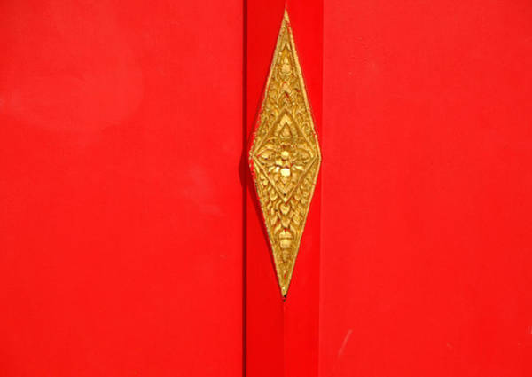 Photograph - Red Door Gold Knob by August Timmermans