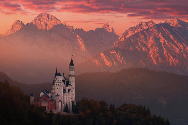 Wall Art - Photograph - Red Morning Above The Castle by Daniel ?e?icha