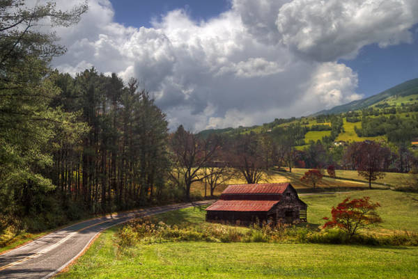 Wall Art - Photograph - Red Roof Barn by Debra and Dave Vanderlaan