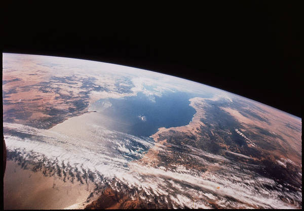 Cloud Type Wall Art - Photograph - Red Sea From Space From Gemini 12 by Nasa/science Photo Library