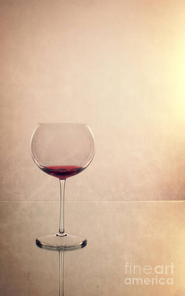 Photograph - Red Wine by Edward Fielding