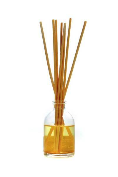 Fragrance Photograph - Reed Diffuser by Victor De Schwanberg/science Photo Library