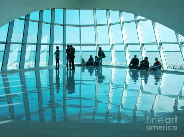 Quadracci Pavilion Photograph - Reflection At The Mam by Ann Horn