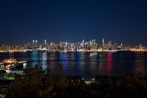 Photograph - Reflections Of Midtown Manhattan by Mark Whitt