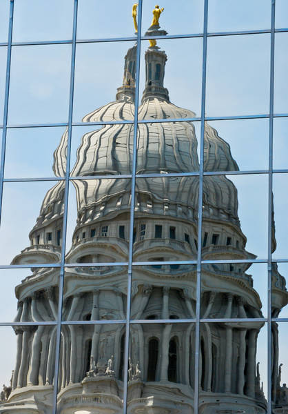 Reflections Of The Capitol Art Print