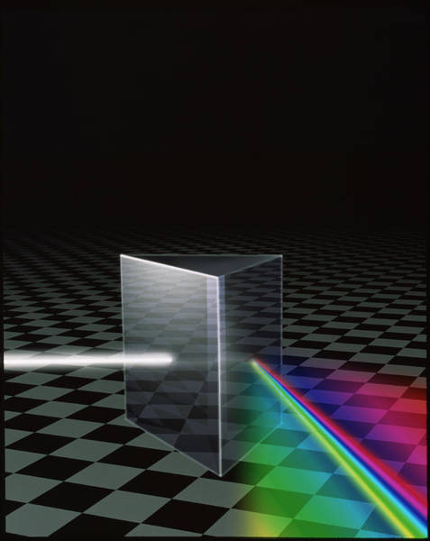 Refraction Wall Art - Photograph - Refraction Of Light by Mehau Kulyk/science Photo Library