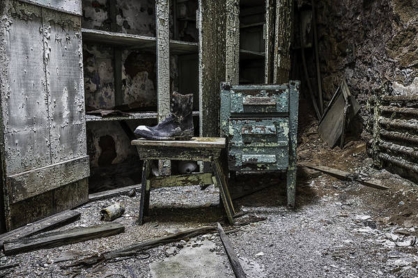 Photograph - Remnants by Sara Hudock