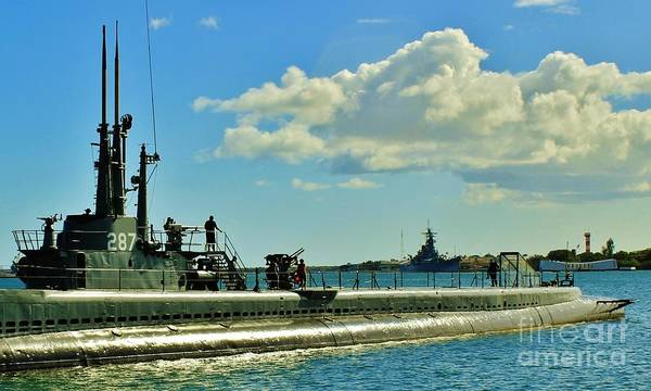 Uss Bowfin Photograph - Remnents Of War by Craig Wood