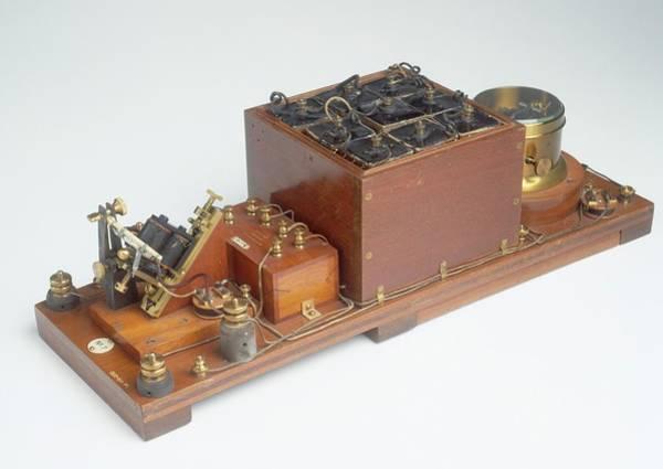 1899 Photograph - Replica Of Marconi's Wireless Telegraph by Dorling Kindersley/uig
