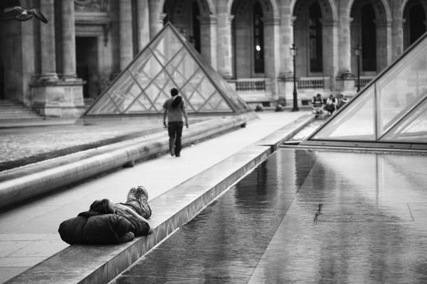 Photograph - Resting At The Louvre by Stefan Nielsen