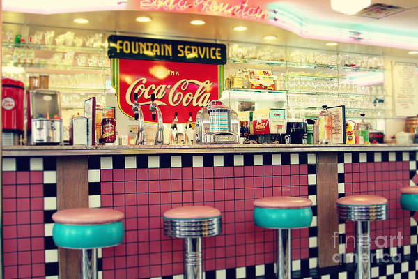 Port Townsend Photograph - Retro Diner by Sylvia Cook