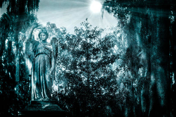 Famous Cemeteries Photograph - Reverence by Mark Andrew Thomas