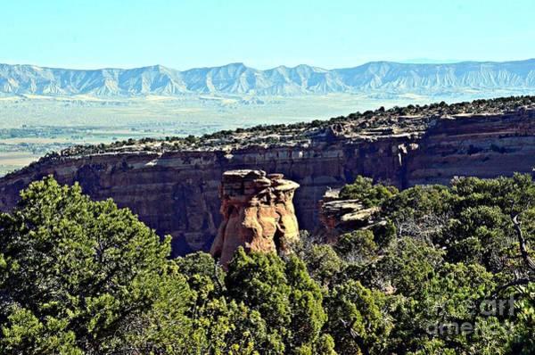 Photograph - Rim Rock Scenic Lookout by Randy J Heath