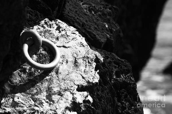Photograph - Ring And Rock by Anne Gilbert