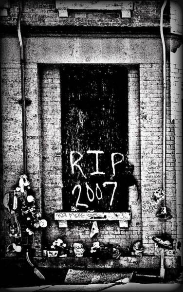 Otr Wall Art - Photograph - Rip 2007 by Michael Schwartzberg