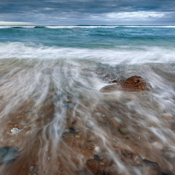 Photograph - Rip Tide Square by Bill Wakeley