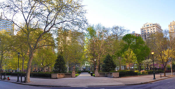 Rittenhouse Square Wall Art - Photograph - Rittenhouse Square In May by Bill Cannon