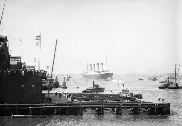 Photograph - Rms Olympic, 1911 by Granger