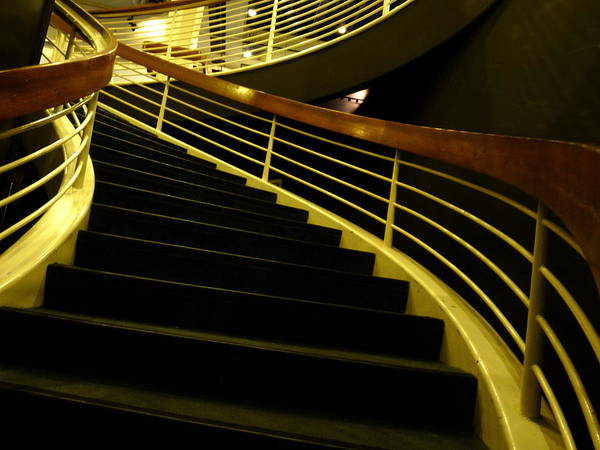 Photograph - Rms Queen Mary Stairwell by Jeff Lowe
