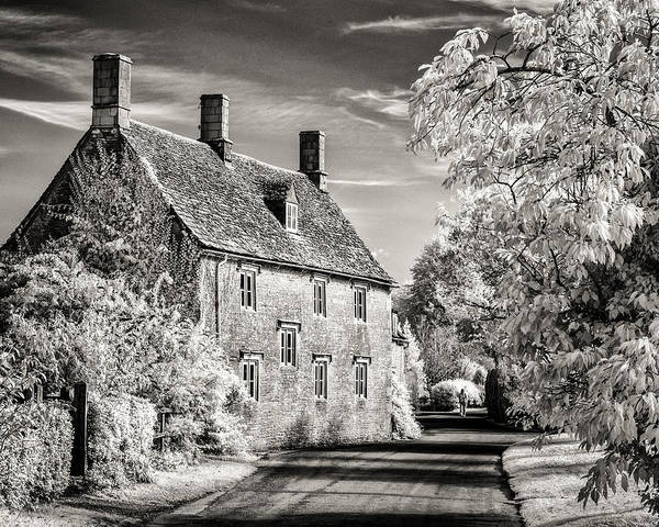 Photograph - Road House by William Beuther