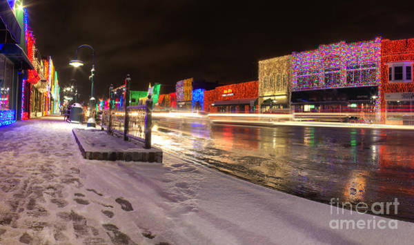 Rochester Photograph - Rochester Michigan Christmas Light Display by Twenty Two North Photography