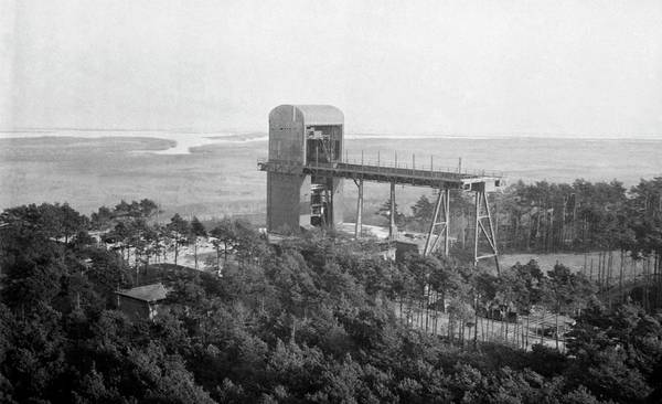 Wall Art - Photograph - Rocket Test Stand by Library Of Congress/science Photo Library