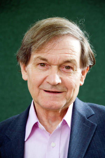 Wall Art - Photograph - Roger Penrose by Antonia Reeve/science Photo Library