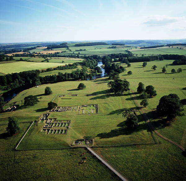Roman Wall Photograph - Roman Fort by Skyscan/science Photo Library