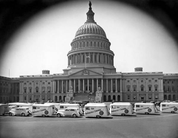 Capitol Building Photograph - Roosevelt Caravan Trailers by Underwood Archives