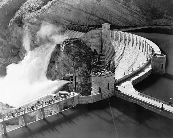 Wall Art - Photograph - Roosevelt Dam, C1940 by Granger