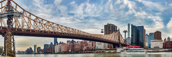 Roosevelt Island Wall Art - Photograph - Roosevelt Island Tramway by Panoramic Images