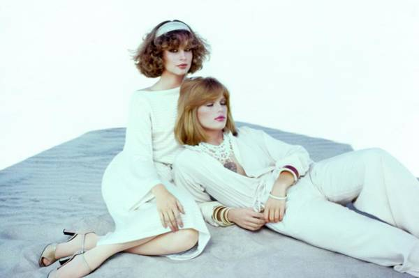 Rosie Wall Art - Photograph - Rosie Vela And Patti Hansen In White Ensembles by Francesco Scavullo
