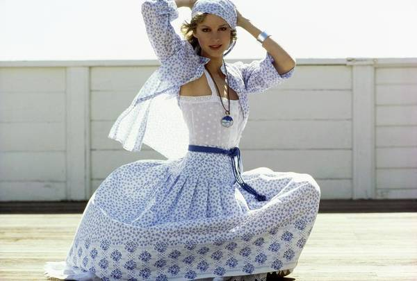 Rosie Wall Art - Photograph - Rosie Vela Wearing A Cotton Ensemble by Arthur Elgort